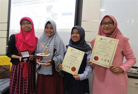Kursi Belajar Mahasiswa walker chair karya mahasiswa uii berjaya di malaysia