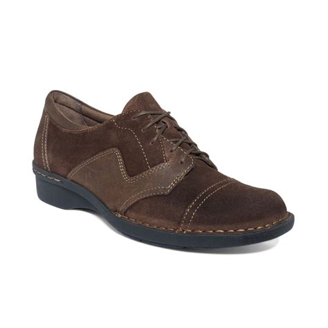 clarks womens oxford shoes clarks clarks womens shoes whistle estate oxfords in brown