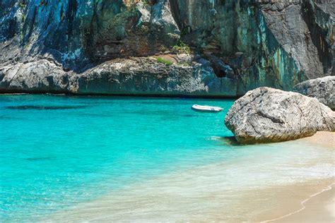 sulla spiaggia sardegna la sardegna e le sue magnifiche spiagge