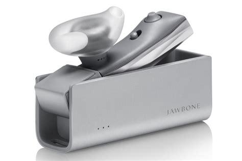 Headset Bluetooth Jawbone Era jawbone era bluetooth earpiece gets siri and now