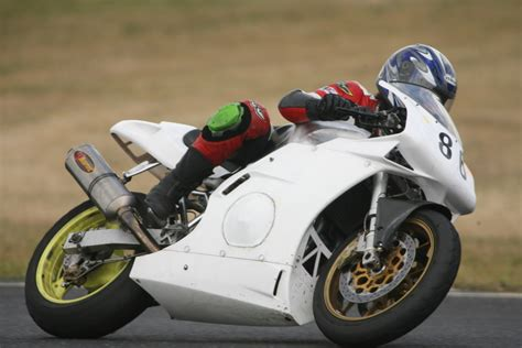 Unfallversicherung Motorrad by Rennmotorr 228 Der Optimal Versichern Kfz Versicherung