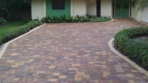 Paver Patio Edging Options Decor Tips Driveway Pavers For Your Front Yard Design Fotocielo