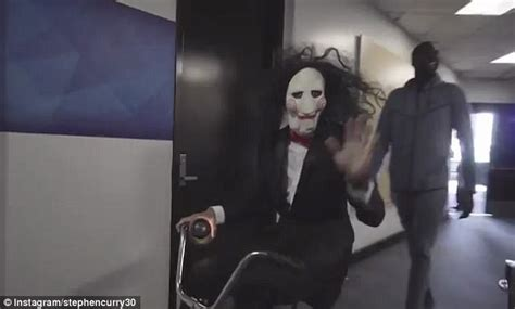 daily mail film favourites jigsaw steph curry dresses up as jigsaw from film franchise saw