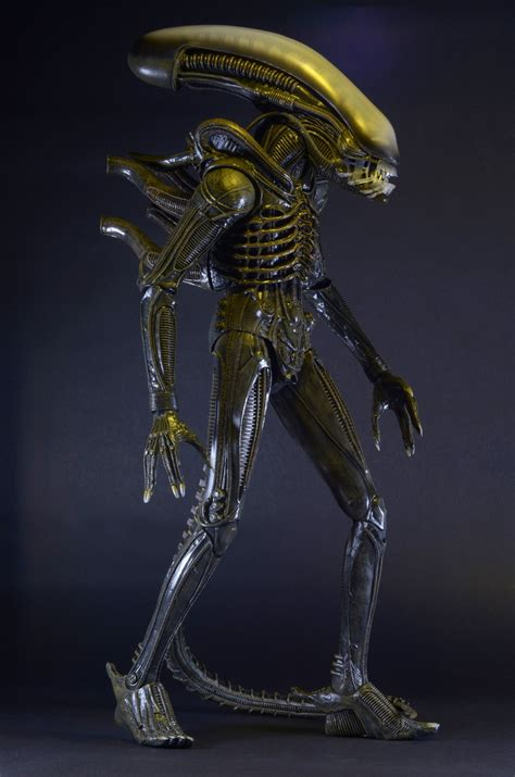 Home Movie Room Decor by Closer Look 1979 Alien 1 4 Scale Action Figure