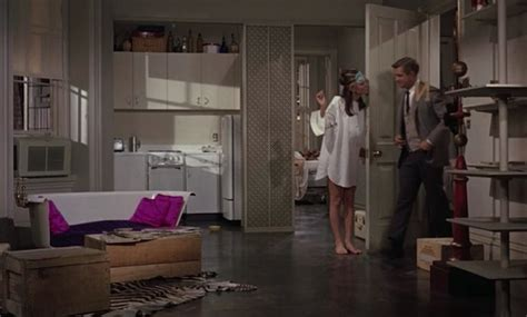 holly golightly couch breakfast at tiffany s set design holly golightly s