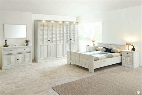 chambre a coucher blanc merida bois blanc vieilli ensemble chambre a coucher