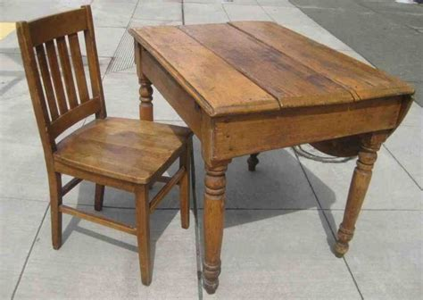 small solid wood desk 53 best desk chairs images on pinterest office desk