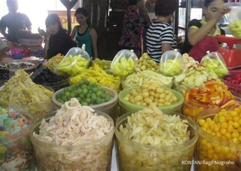 Manisan Buah Persik By Sandyptk gula gula manisan imlek banyak diburu