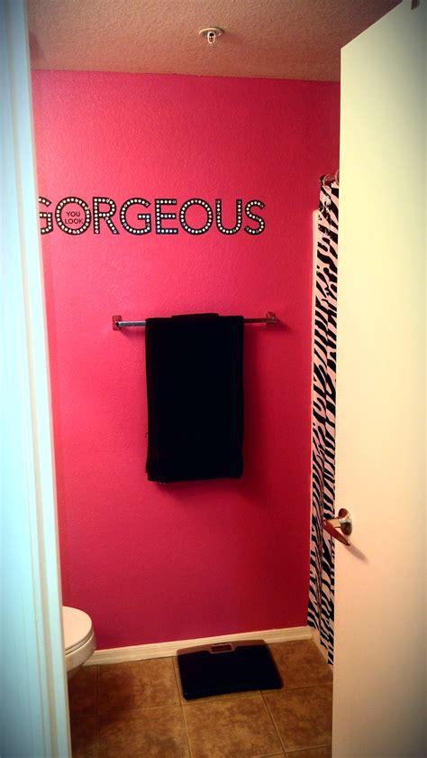 hot pink bathroom the 25 best hot pink bathrooms ideas on pinterest hot