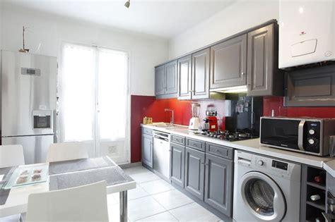 cuisine rustique grise home staging et relooking d une cuisine en ch 234 ne rustique
