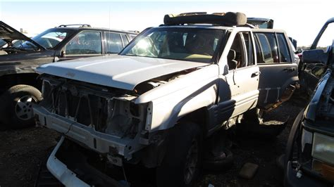wrecked jeep grand 100 wrecked black jeep grand cherokee how to