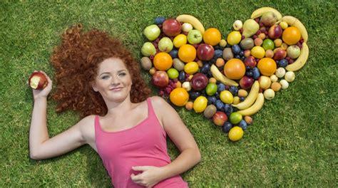 alimentazione donna alimentazione donna la dieta su misura per ogni et 224