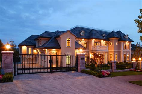 Mansion Home | mansion house exterior vancouver dusk luxury esta