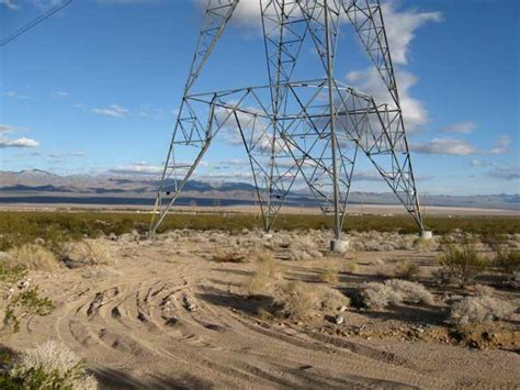 power lines in backyard chuckwalla valley solar projects