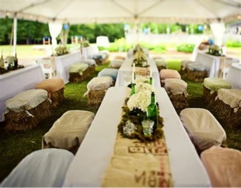 Western Theme Home Decor by Ten Ways To Use Hay Bales At Your Wedding Rustic Wedding Chic