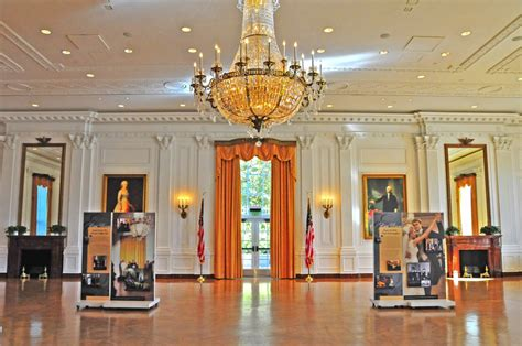 panoramio photo of replica of white house east room