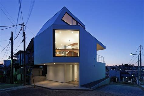 Three Story Tokyo House With Panoramic City Views Modern House Designs