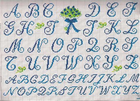 lettere punto croce in corsivo nomi con il punto croce foto 18 41 tempo libero