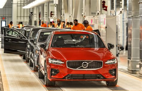 usa volvo launches  sedan   american factory