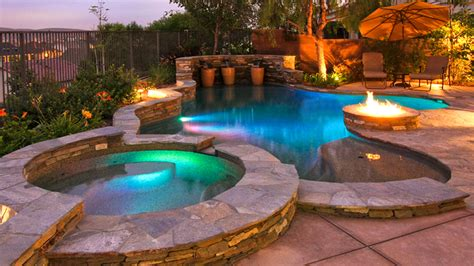 custom swimming pools  california swimming pool