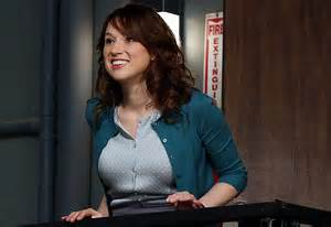 Erin From The Office by The Office S Ellie Kemper On Erin And Pete A Dwight