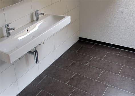 Pvc Boden Für Badezimmer by Boden Badezimmer