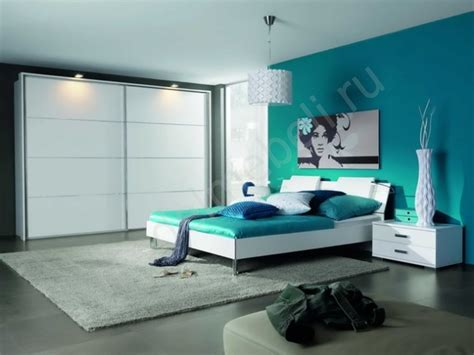 Color Design For Bedroom Without Sacrificing Modern Style Contemporary Rug Can Help To Up All The Solid Colors