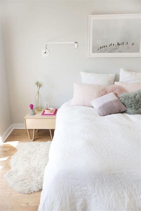 best 25 fluffy white bedding ideas on white
