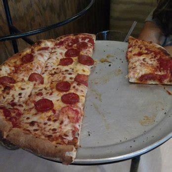 vermont tap house williston vermont tap house 76 photos 149 reviews pizza 22 merchants row williston vt