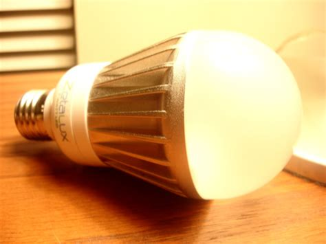 Led Can Light Bulbs by New Led Light Bulbs Can Replace 100w Incandescents Metaefficient