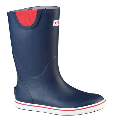 deck boots xtratuf rubber deck boots tackledirect