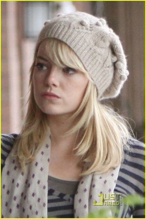 emma stone gwen stacy gwen stacy emma stone knitted beret in the amazing