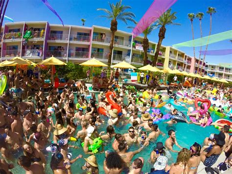 splash house splash house june 2016 the best pool party music festival