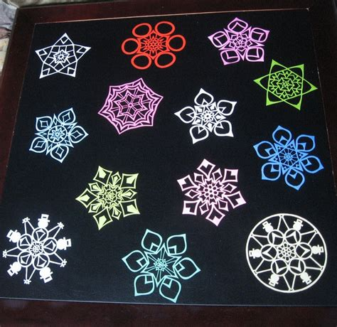 medium snowflake color