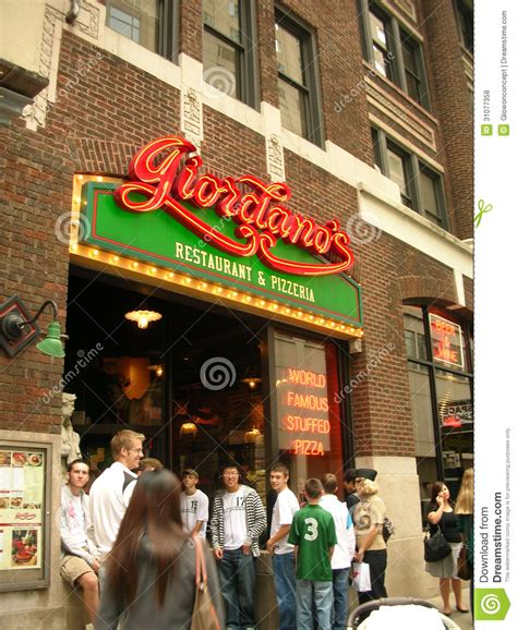 chicago style restaurants giordanos chicago style pizza restaurant editorial