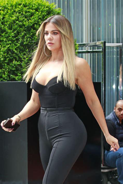 khloé kardashian kim and khloe kardashian leaves her hotel in new york 05