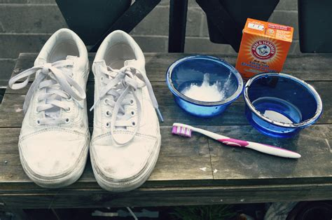 how to clean white shoes with baking soda how to clean white shoes shoes expert