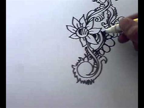 cara membuat desain dress dengan pensil cara melukis deeway channel 2 youtube