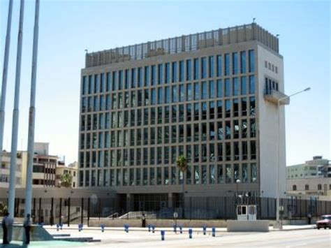 us interest section in cuba ee uu emite m 225 s visas para cubanos havana times en espa 241 ol