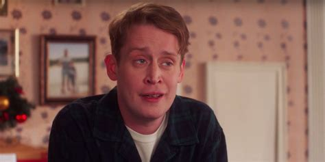 home alone actor google macaulay culkin is home alone again at age 38 in google s