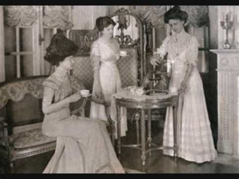 vintage female fashion portraits (1880 1939) youtube
