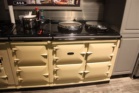 AGA range   Home Decorating Trends   Homedit