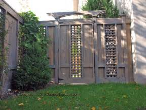 Decorative Privacy Fences by Decorative Wooden Fences 17 Design Ideas Houz Buzz