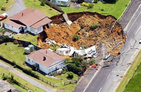 mine house waihī mining house collapse hauraki coromandel places te ara encyclopedia of new zealand