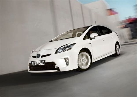 best toyota model four toyota models get named top rated vehicles by