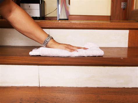 Nettoyer Un Escalier En comment nettoyer un escalier en bois et l entretenir