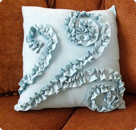 Ruffle Pillow Tutorial by The Sweet Swirled Ruffle Pillow From A T Shirt Tutorial