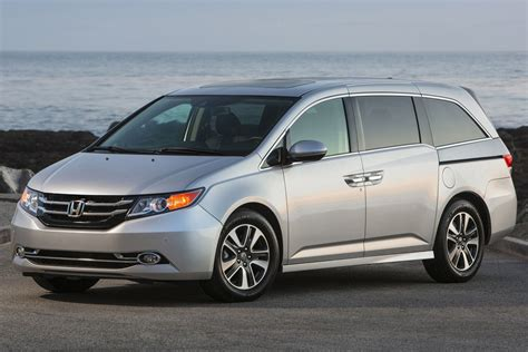 2015 honda odyssey review 2015 honda odyssey review 2019 car reviews prices and specs