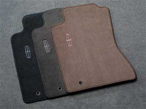 Lincoln Car Mats by 2007 Lincoln Town Car Carpeted Floor Mats