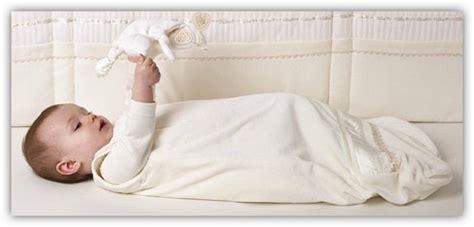 Ab Wann Schlafen Baby Mit Decke by Babyschlafsack Den Vorzug Geben Ratgeber Greenstories